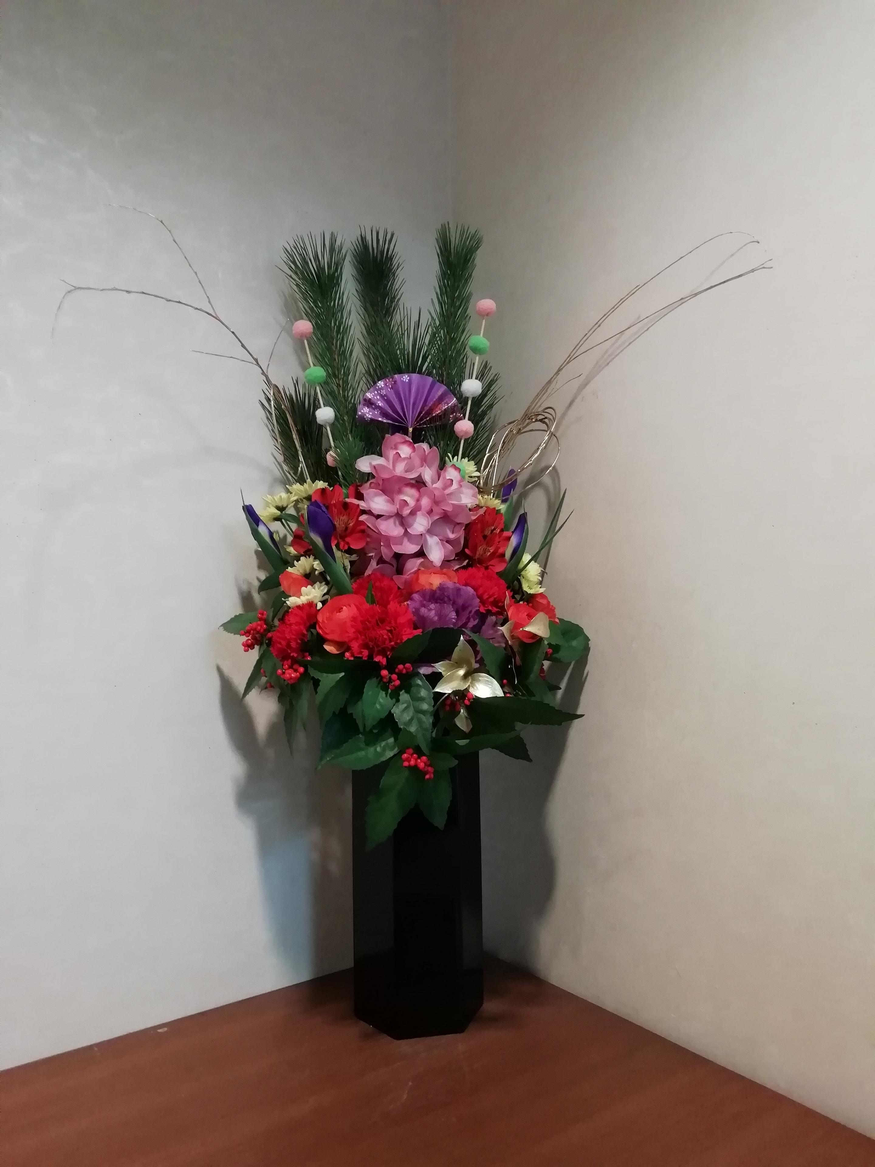 お正月のお花は豪華です。